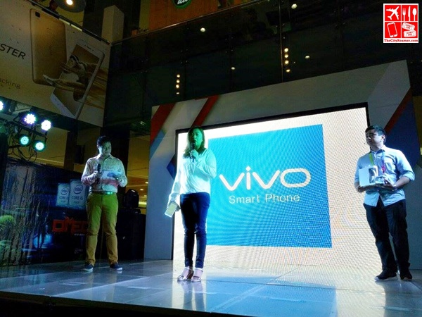 VIVO presented at the Official Unboxing of SM Cybermonth