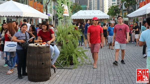 Everyone enjoying the stroll and the food at the Summer Food Fest
