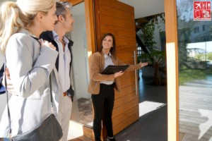 working with a real estate agent when buying home