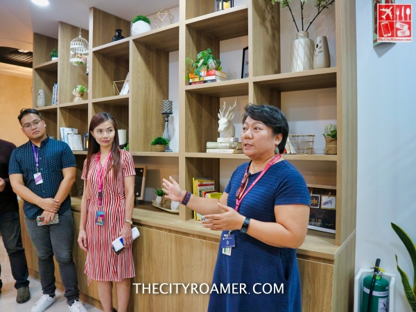 Teleperformance Philippines Director for Learning and Development Olive Ybanez welcomes bloggers
